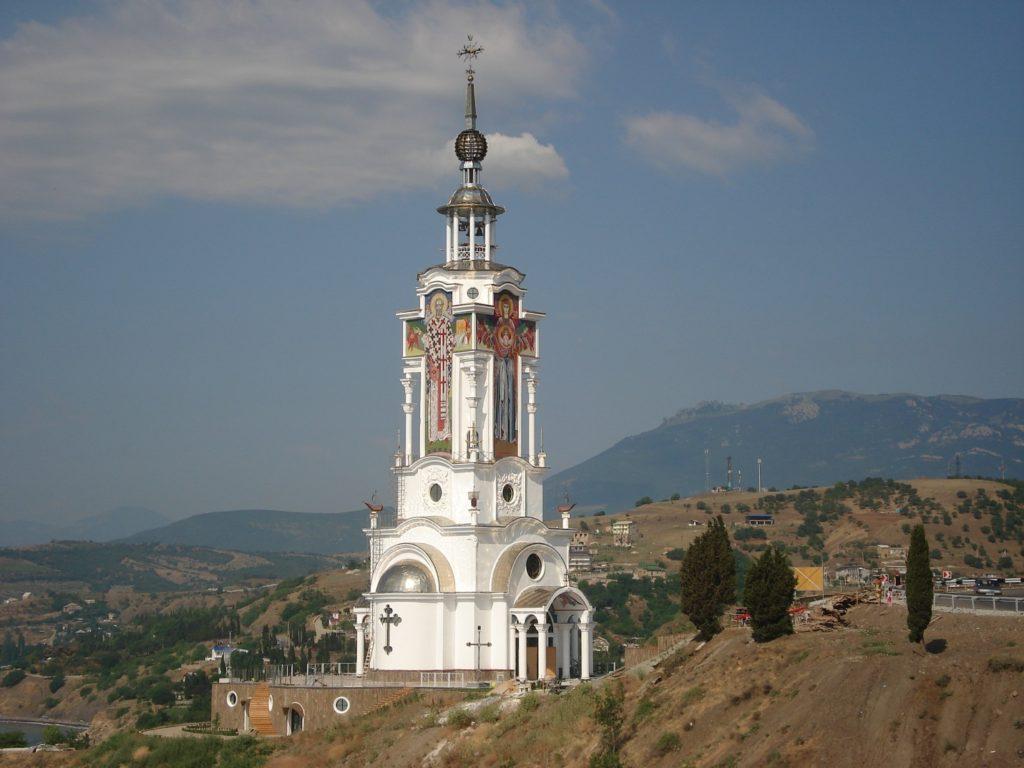 Малореченское. Храм- маяк Святителя Николая